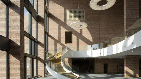 Vernieuwbouw Huis van Bestuur en Cultuur Nijverdal